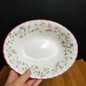 Johnson Brothers Summer Chintz Oval Serving Bowl